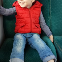 Ifan in de bus