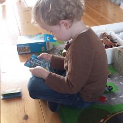 Spelen met nieuw speelgoed