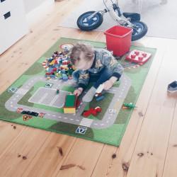 Lekker aan het spelen met de Lego!