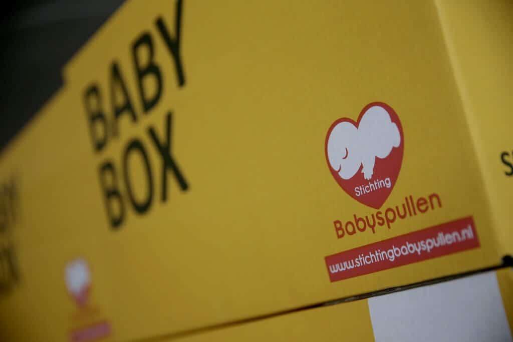 pr4kids-stichting_babyspullen-beeld_baby_box
