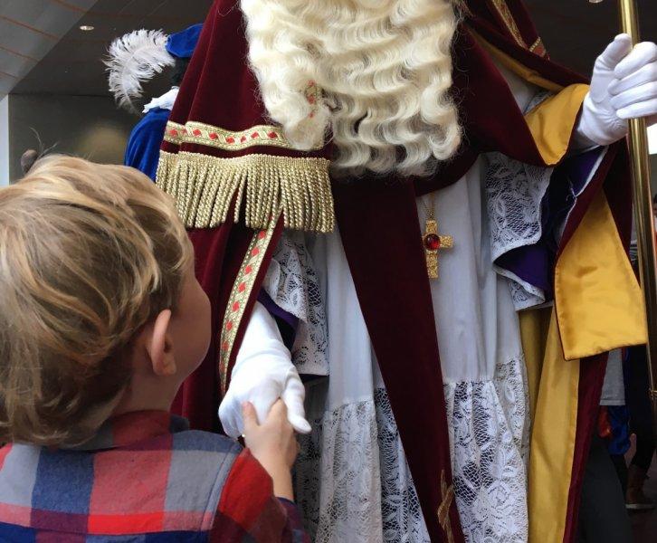 Lovely Pictures #3 | Playdate, pepernoten & Sinterklaas!