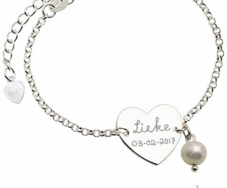 Win een prachtige mama armband van KAYA sieraden!