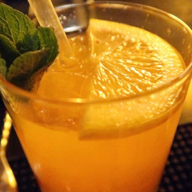 Lovely Pictures #22   Gin Tonic om 11 uur 's ochtends?!