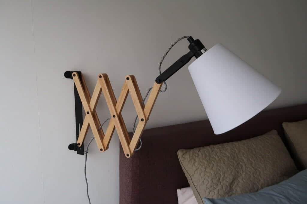 Grote Slaapkamer Lamp : De grote slaapkamer metamorfose lovely charlotte