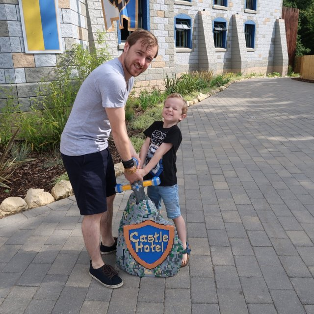 Lovely Pictures #33 | Legoland & Wales!