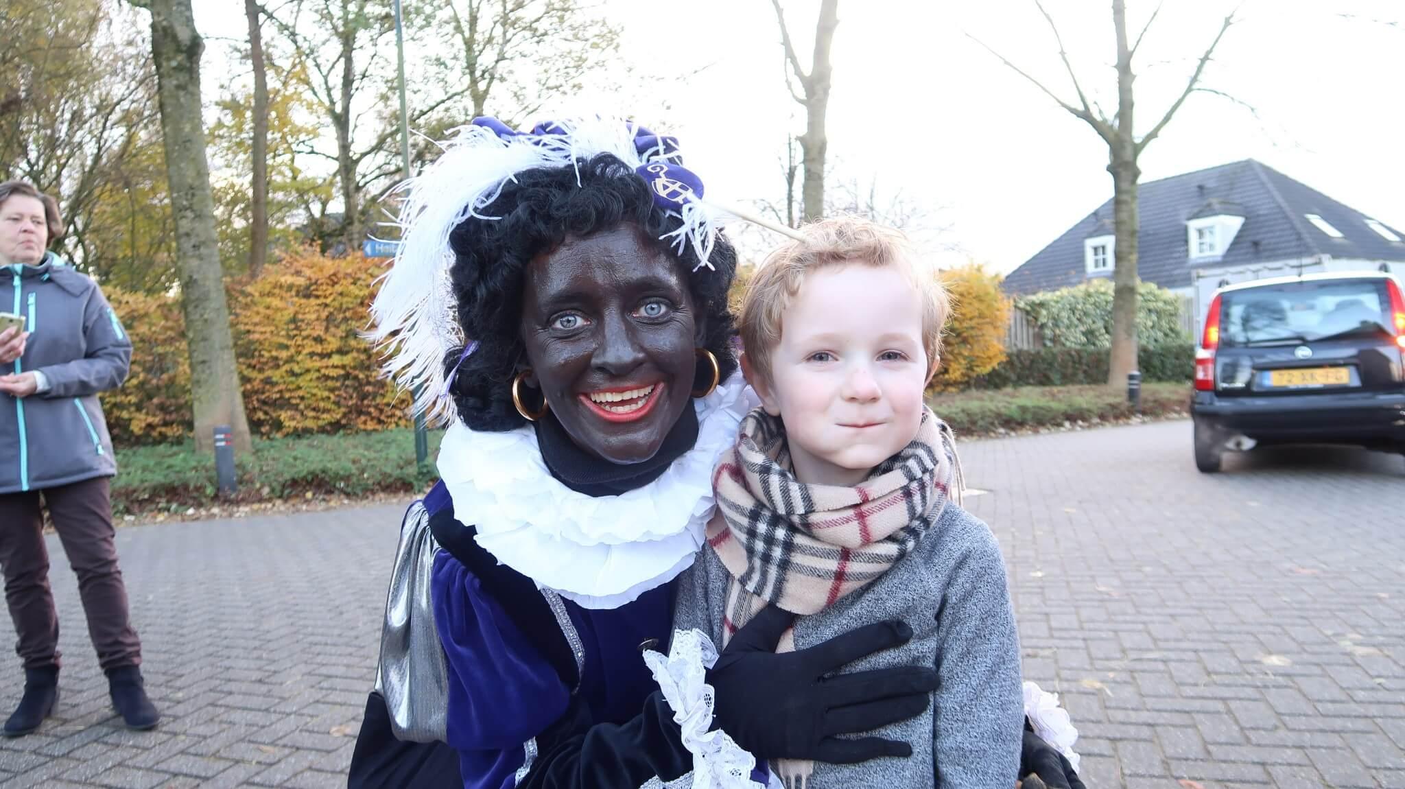 Lovely Vlogs #1 | Sinterklaas met Nanne Meijer én opa & oma!