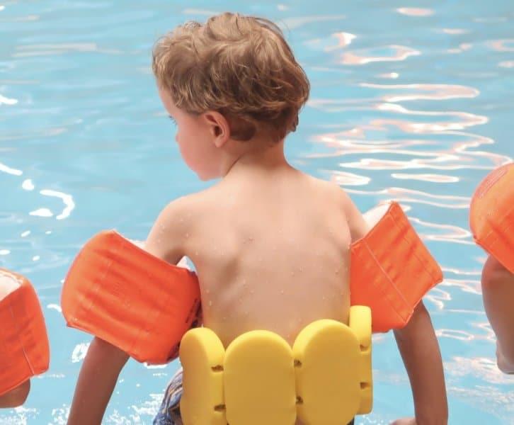 Lovely Vlogs #6   Ifan's eerste zwemles